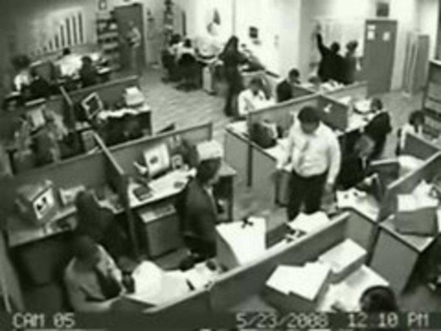 Нервный срыв в офисе