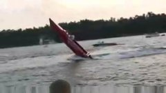 Thumbnail of Speed boat does a wheelie