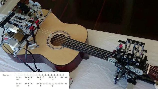 Little Talks Guitar Cover by Lego Mindstorms EV3 - Snotr