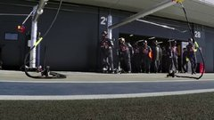 Thumbnail of The incredible precision of a 2-second pit stop