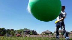 Thumbnail of Liquid nitrogen in huge balloon