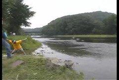 Thumbnail of Stone skipping world record
