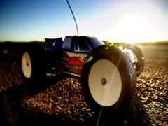 Thumbnail of R/C G-Wiz against real R/C car