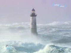 Thumbnail of Waves in Bretagne